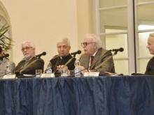 alla presentazione Lorenzo Rinaldi, Ferruccio Pallavera il vescovo Malvestiti, il presidente di Centropadana Serafino Bassanetti e monsignor Gianni Brusoni del Mac